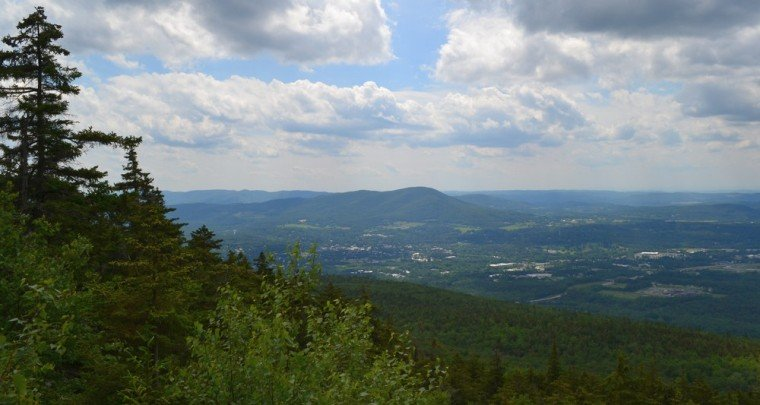 Venture Beyond Usual Trails To Find Unique Vermont Hiking Adventures - Vermont Maturity